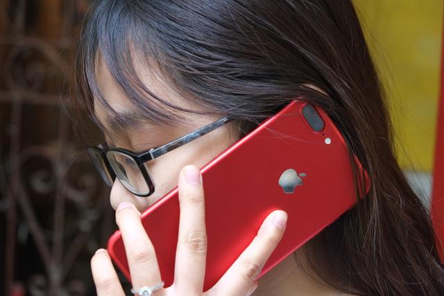Apple ra iPhone 7 đỏ, người đau nhất chính là Samsung? - Ảnh 2.