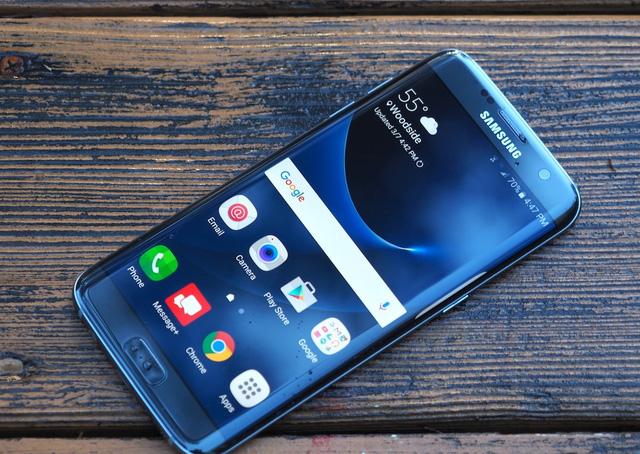 Apple ra iPhone 7 đỏ, người đau nhất chính là Samsung? - Ảnh 6.